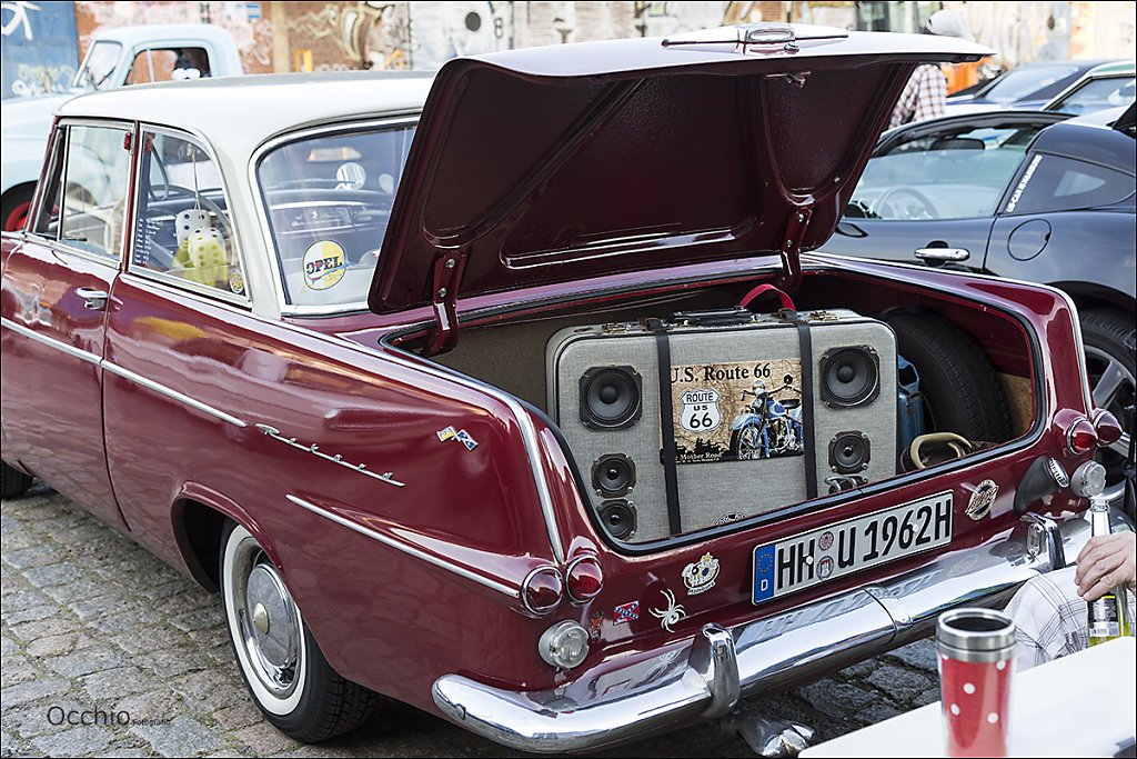 Opel Rekord Bj. 1962 - mit Kofferradio